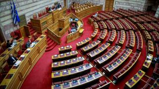 Αντιδράσεις για τις δηλώσεις Πετρόπουλου στα παιδιά που επισκέφθηκαν τη Βουλή