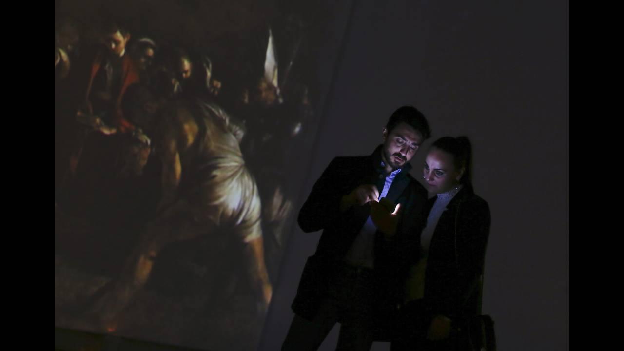 https://cdn.cnngreece.gr/media/news/2019/03/01/167524/photos/snapshot/2016-04-04T100658Z_1402251393_D1AESWKKVIAA_RTRMADP_3_ITALY-ART-CARAVAGGIO.JPG