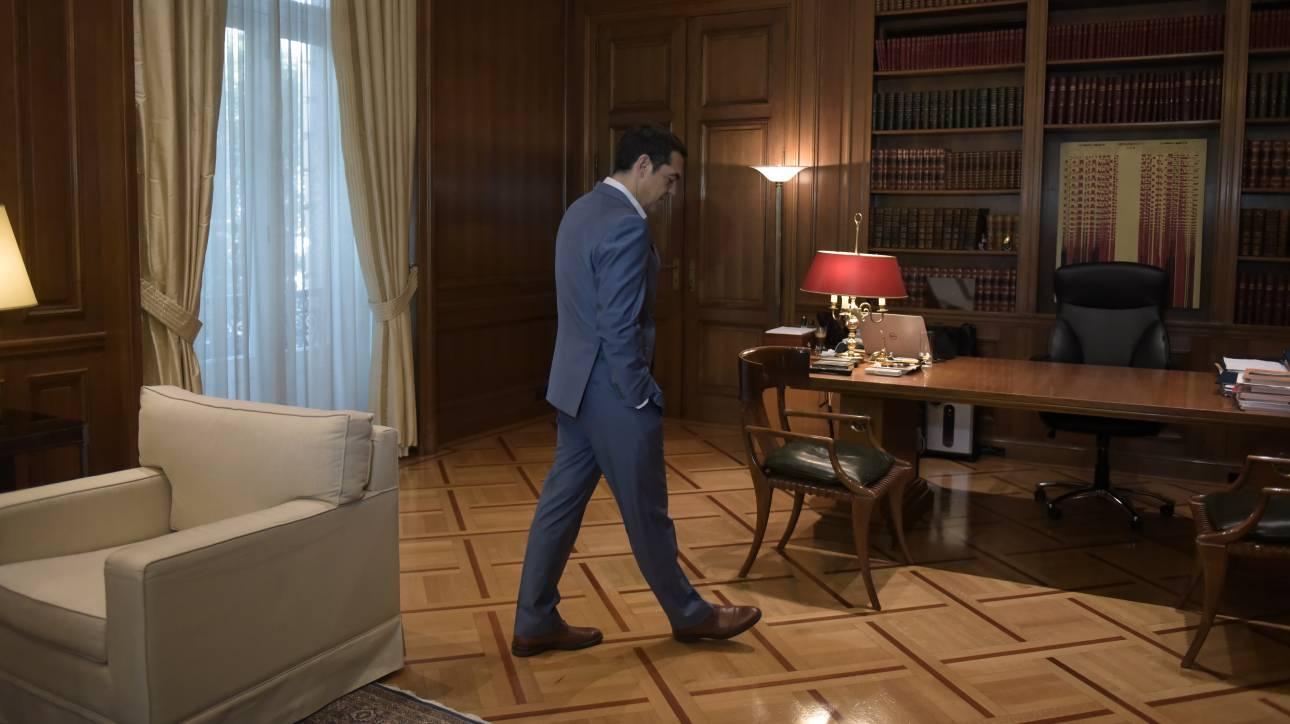 ΣΥΡΙΖΑ: Οι «σίγουροι» για το ευρωψηφοδέλτιο και τα εμπόδια που χαλούν τα σχέδια του Τσίπρα