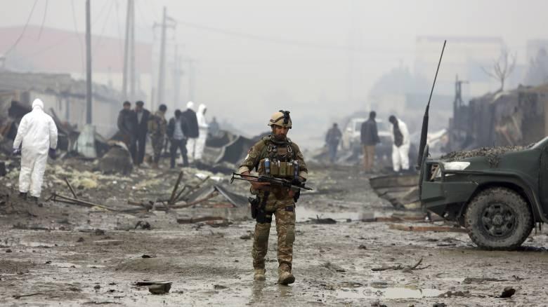 Αφγανιστάν: Δεκάδες νεκροί από επιθέσεις Ταλιμπάν - Πληροφορίες για όμηρους