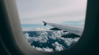 H στιγμή που δύο αεροσκάφη πετούν… δίπλα - δίπλα στα 35.000 πόδια