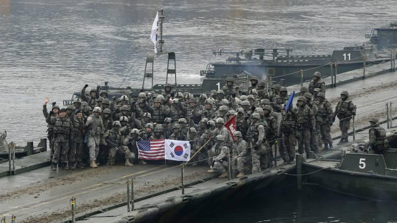 ΗΠΑ και Νότια Κορέα αναστέλλουν τα μεγάλα κοινά στρατιωτικά γυμνάσιά τους