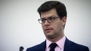 Τι λέει το υπουργείο Μεταναστευτικής Πολιτικής για την αγορά επίπλων του Τόλκα