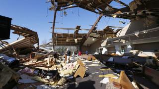 ΗΠΑ: Φονικός ανεμοστρόβιλος στην Αλαμπάμα - 14 οι νεκροί και τεράστιες καταστροφές