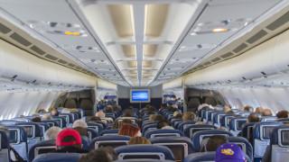 «Μεγάλος Αδελφός» στα αεροσκάφη; Οι κάμερες προκαλούν δυσφορία στους επιβάτες