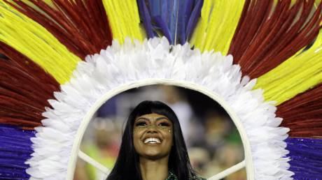 Βραζιλία: Καρναβάλι στη χειρότερη καμπή της ιστορίας της