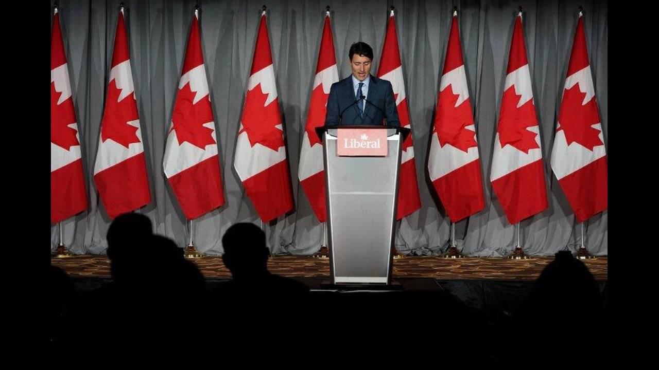 https://cdn.cnngreece.gr/media/news/2019/03/05/167942/photos/snapshot/2018-07-06T020146Z_1847263203_RC1E681000C0_RTRMADP_3_CANADA-POLITICS.jpg
