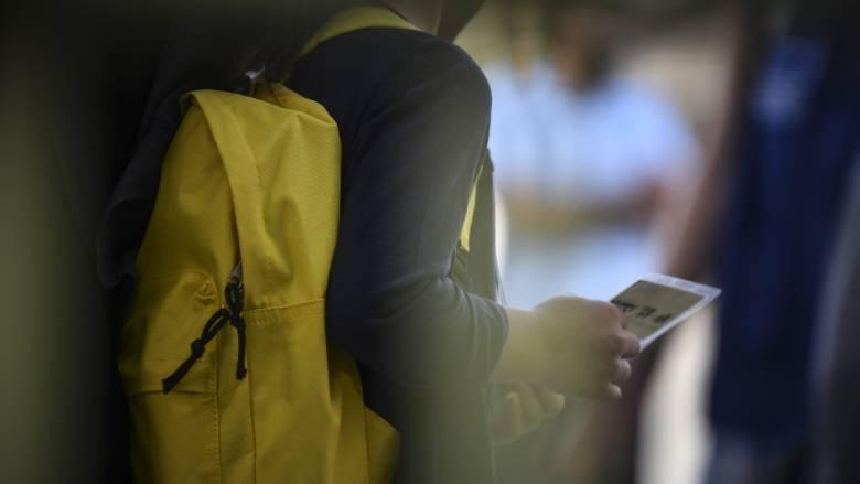 Με αποχή από τα μαθήματα και συγκεντρώσεις διαμαρτυρίας «υποδέχονται» προσφυγόπουλα στη Σάμο