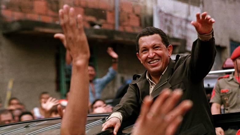 Έξι χρόνια μετά: Το «φάντασμα» του Ούγκο Τσάβες στοιχειώνει τη Βενεζουέλα