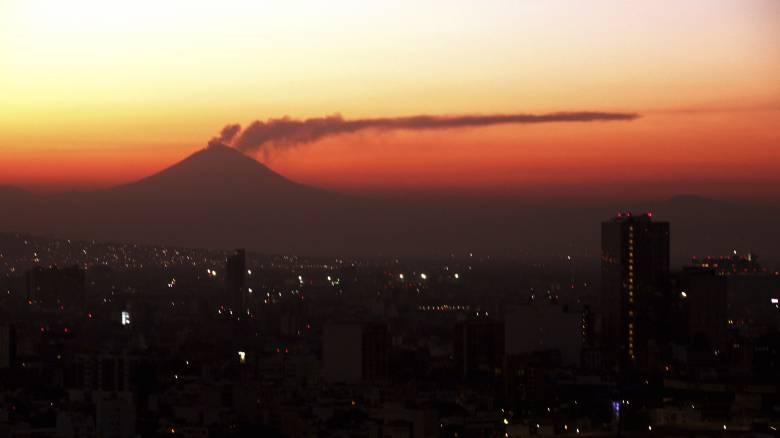 Το ηφαίστειο Ποποκατεπέτλ του Μεξικού εξερράγη ξανά