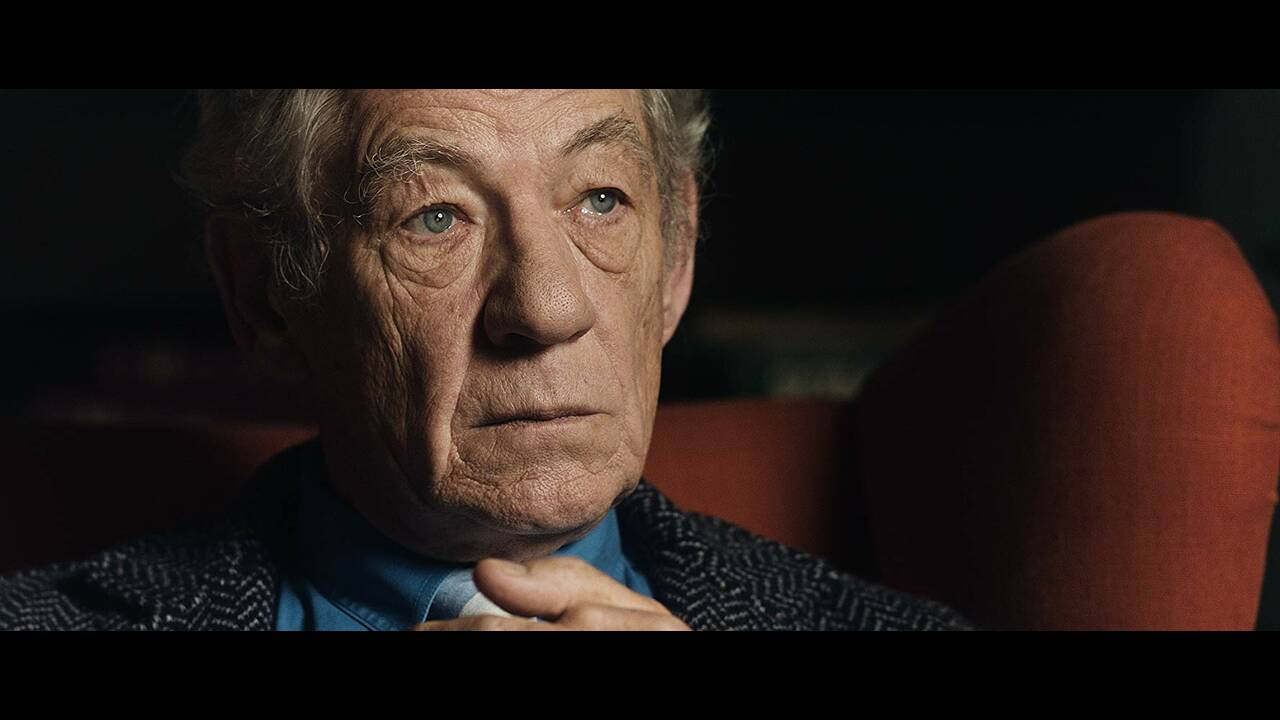 https://cdn.cnngreece.gr/media/news/2019/03/06/168133/photos/snapshot/McKellen-Playing-The-Part.jpg