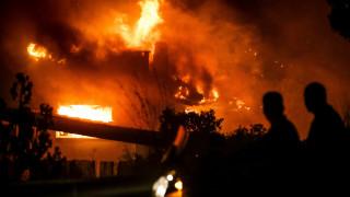 «Να καούν να βάλουν μυαλό»: Σοκάρουν οι διάλογοι για τις πυρκαγιές σε Μάτι και Κινέτα