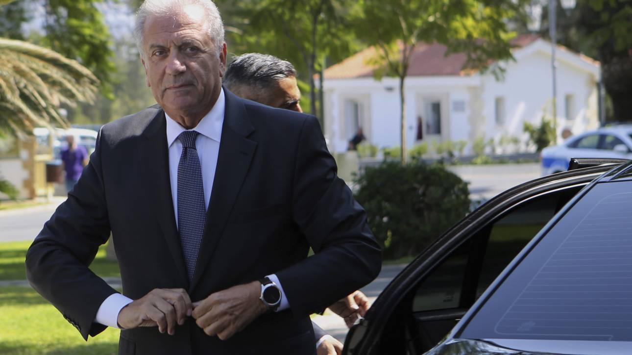 Αβραμόπουλος για Ελλάδα: Με διαβεβαίωσαν ότι θα επιταχυνθούν οι διαδικασίες στο μεταναστευτικό