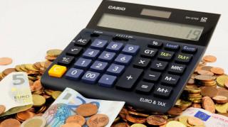 ΓΣΕΒΕΕ: Στα μισά νοικοκυριά το εισόδημα δεν φτάνει για τον μήνα
