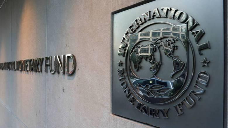 Συσσώρευση προβλημάτων στην ελληνική οικονομία «βλέπει» το ΔΝΤ