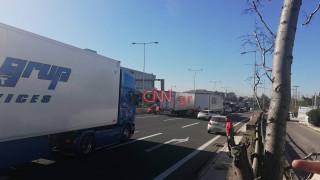 Τροχαίο στην Αθηνών - Λαμίας: Ουρές χιλιομέτρων