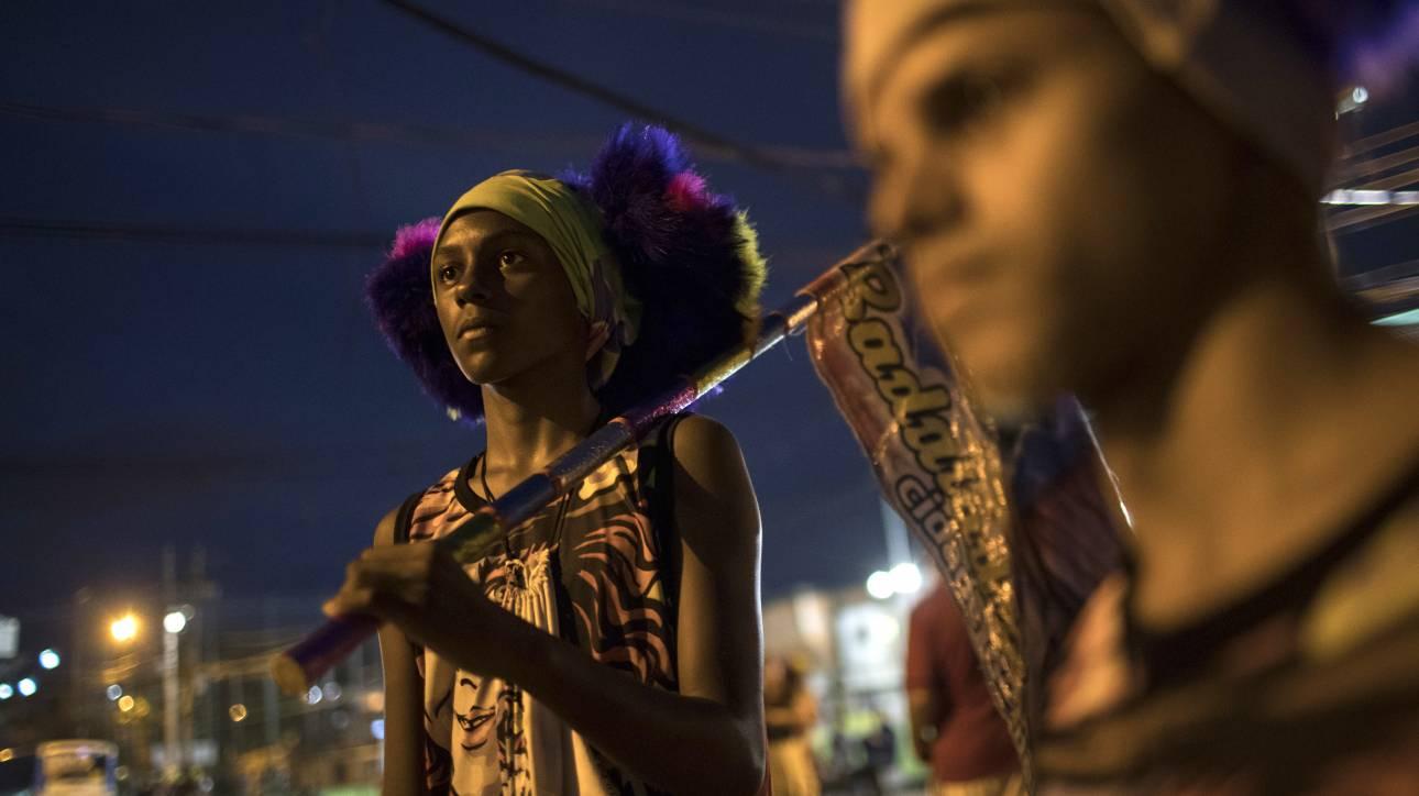 Bate - Bola: Ένα παράλληλο σύμπαν Καρναβαλιού στο Ρίο ντε Τζανέιρο