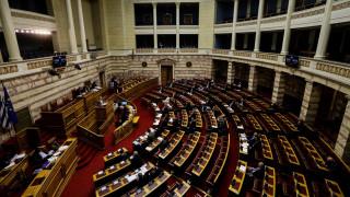 Βουλή: Πυρ ομαδόν κατά της κυβέρνησης για το Μάτι