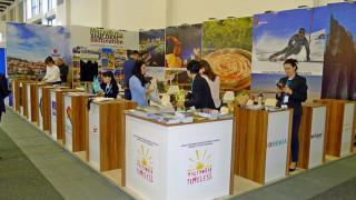 Συμμορφώθηκαν οι γείτονες με το «Μακεδονία»… σκέτο στην τουριστική έκθεση του Βερολίνου