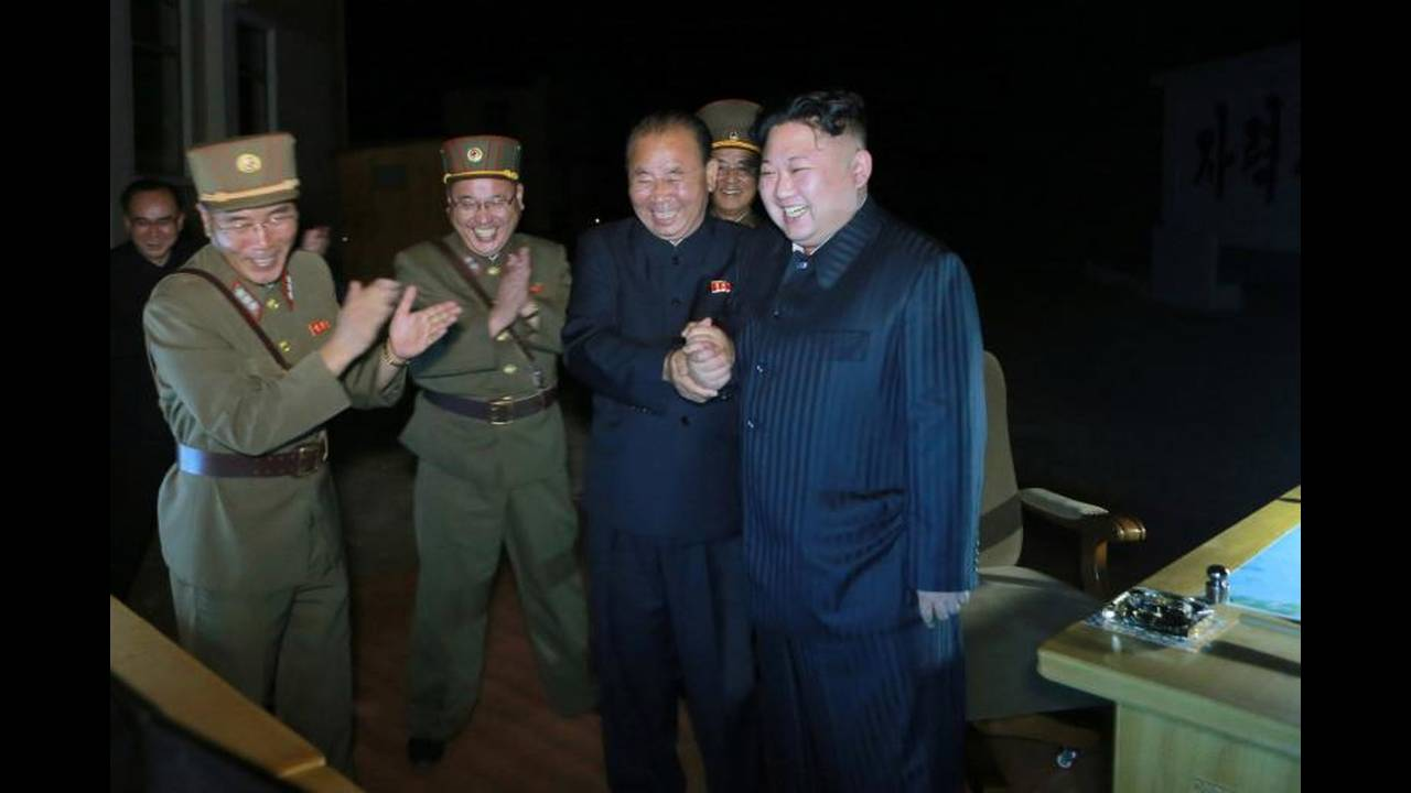 https://cdn.cnngreece.gr/media/news/2019/03/07/168367/photos/snapshot/korea1.jpg