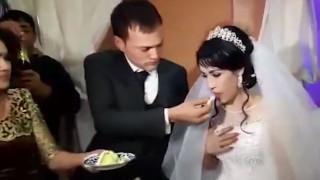 Γαμπρός χαστούκισε τη νύφη επειδή… του έκανε αστείο με την τούρτα