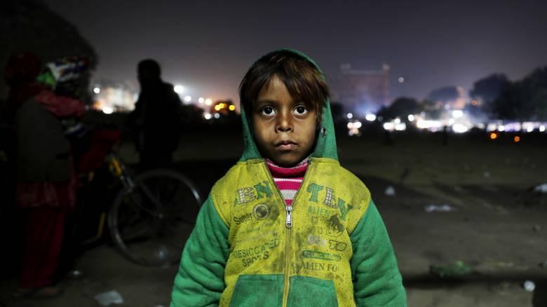 Ινδία: Στην ακραία φτώχεια, μόνη ελπίδα είναι τα παιδιά και η εκπαίδευσή τους