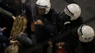 Παγκόσμια Ημέρα της Γυναίκας: Δακρυγόνα κατά των γυναικών στην «απαγορευμένη» πορεία της Ταξίμ