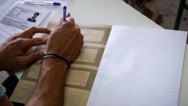 Πανελλήνιες 2019: «Όμηροι» 200.000 μαθητές της Β' και Γ' Λυκείου - Πότε θα γίνουν οι εξετάσεις