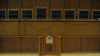 Αλλάζει ο Ποινικός Κώδικας: Δήμευση και επιστροφή περιουσίας για τους καταχραστές του Δημοσίου