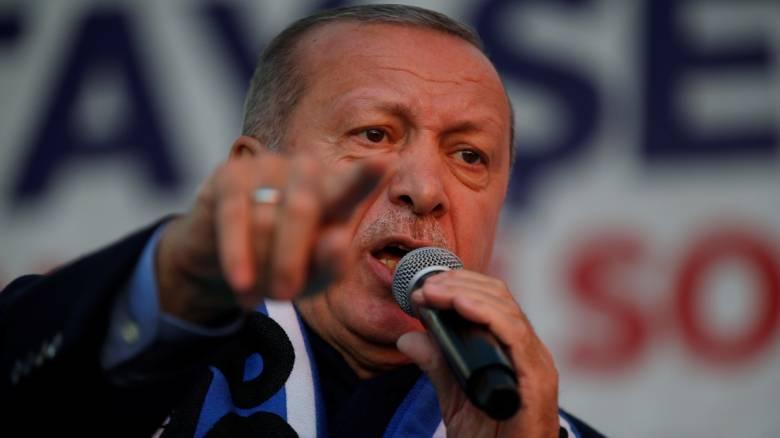 Ερντογάν: Θα αγοράσουμε τους S-400 και θα τους χρησιμοποιήσουμε