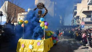 Απόκριες 2019: Σε ξέφρενους ρυθμούς τα Χανιά - Εντυπωσιακές εικόνες από το καρναβάλι