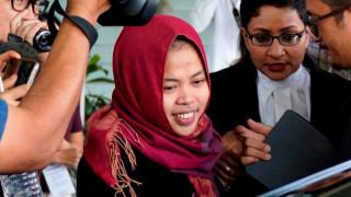 Ελεύθερη η γυναίκα που κατηγορείται για τη δολοφονία του αδερφού του Κιμ Γιονγκ Ουν