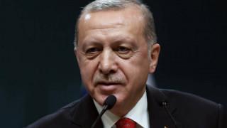 Η Τουρκία εισήλθε σε υφεσιακή τροχιά για πρώτη φορά από το 2009