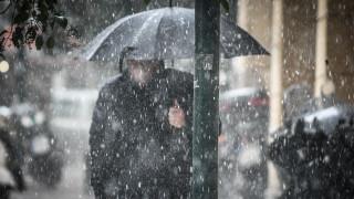 Καιρός: Κατακόρυφη πτώση της θερμοκρασίας αύριο - Πού θα χιονίσει