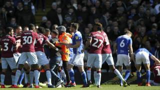 Αυστηρή η τιμωρία του οπαδού που εισέβαλε στο γήπεδο και χτύπησε αντίπαλο παίκτη