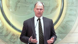 Ντόλμαν: Οι εκλογές να μην επηρεάσουν τις μεταρρυθμίσεις