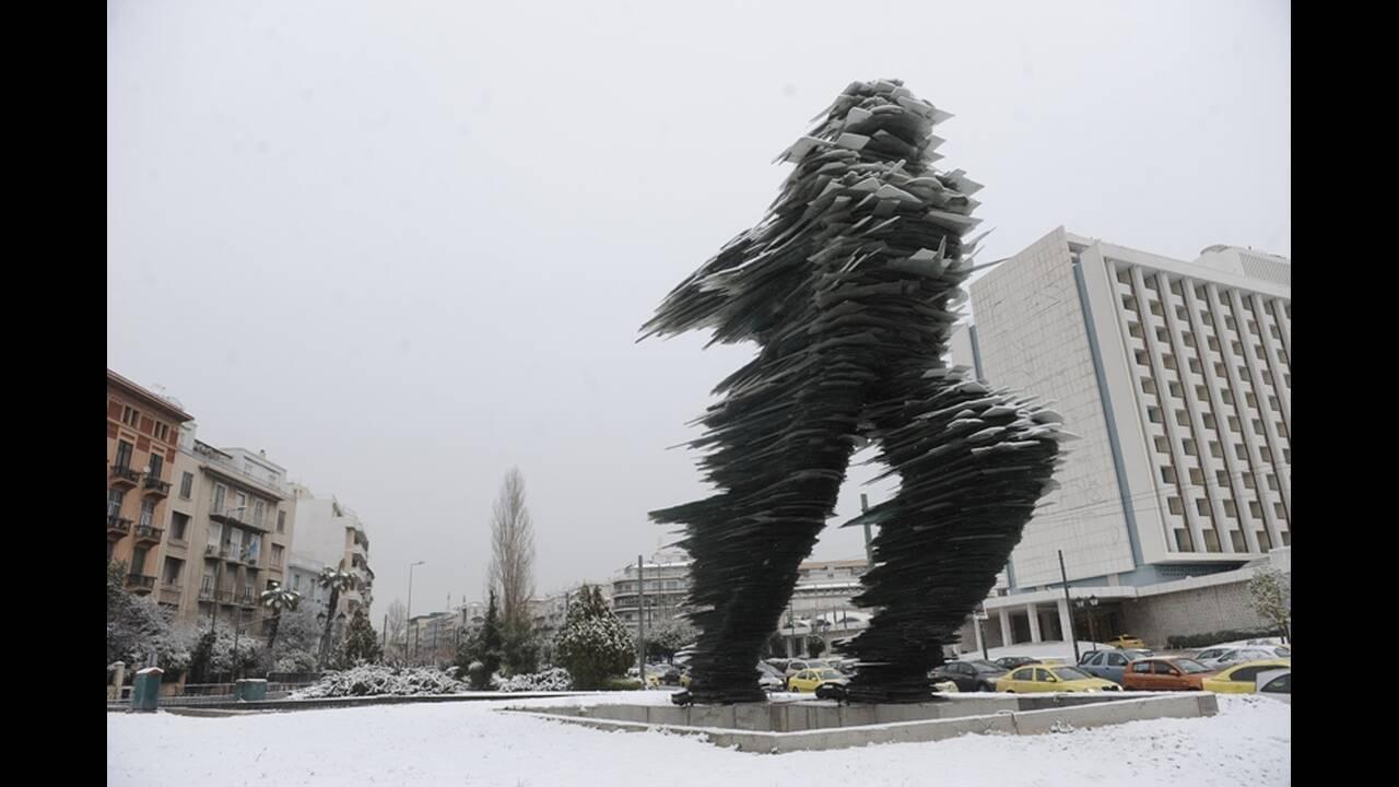 https://cdn.cnngreece.gr/media/news/2019/03/12/168824/photos/snapshot/dromeas3.jpg