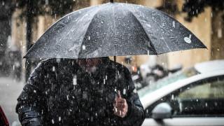 Επελαύνει η κακοκαιρία: Σοβαρά προβλήματα από τις χιονοπτώσεις και τους θυελλώδεις ανέμους