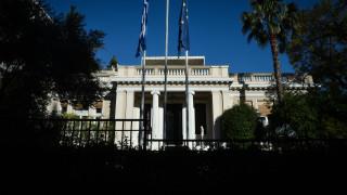 Έρχεται «καυτός» Μάιος: Οι δικαστικές αποφάσεις για αναδρομικά, τα ισοδύναμα μέτρα και οι εκλογές