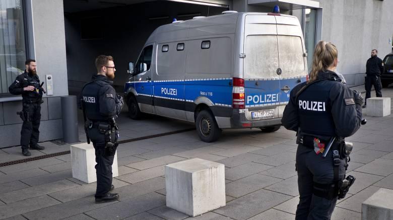 Συναγερμός στη Γερμανία: Σειρά απειλητικών mail κατά πολιτικών, δημοσιογράφων και δικηγόρων