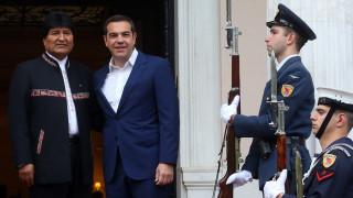 Κατά των εξωτερικών παρεμβάσεων στη Βενεζουέλα τάχθηκαν Τσίπρας - Μοράλες