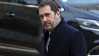 Ροζ σκάνδαλο με τον υπουργό Εσωτερικών συγκλονίζει τη Γαλλία
