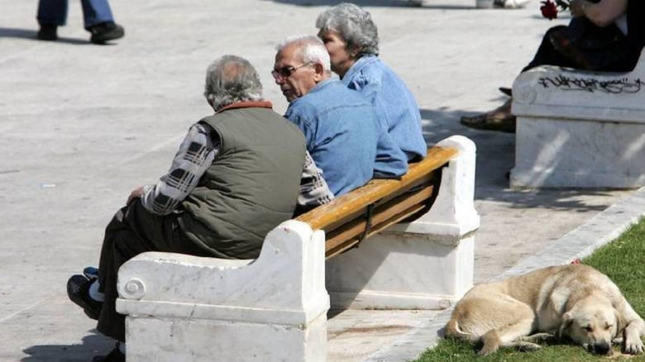 Επιβάρυνση 1,3 δισ. ευρώ ετησίως στο ασφαλιστικό έως το 2057 λόγω δημογραφικού
