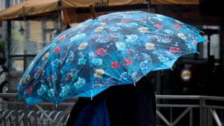 Καιρός: Πού αναμένονται βροχές το Σάββατο