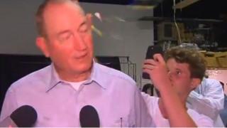 Επίθεση με αυγά: Σχόλιο γερουσιαστή για το μακελειό στη Ν. Ζηλανδία προκάλεσε την οργή έφηβου