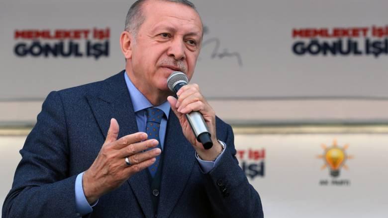 Ερντογάν: Γεμίστε πρώτα το Σουλταναχμέτ και βλέπουμε για Αγία Σοφία