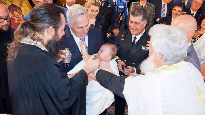 Βαφτίσια με ιδιαίτερη σημασία για τον Αποστολάκη και τον Α/ΓΕΝ