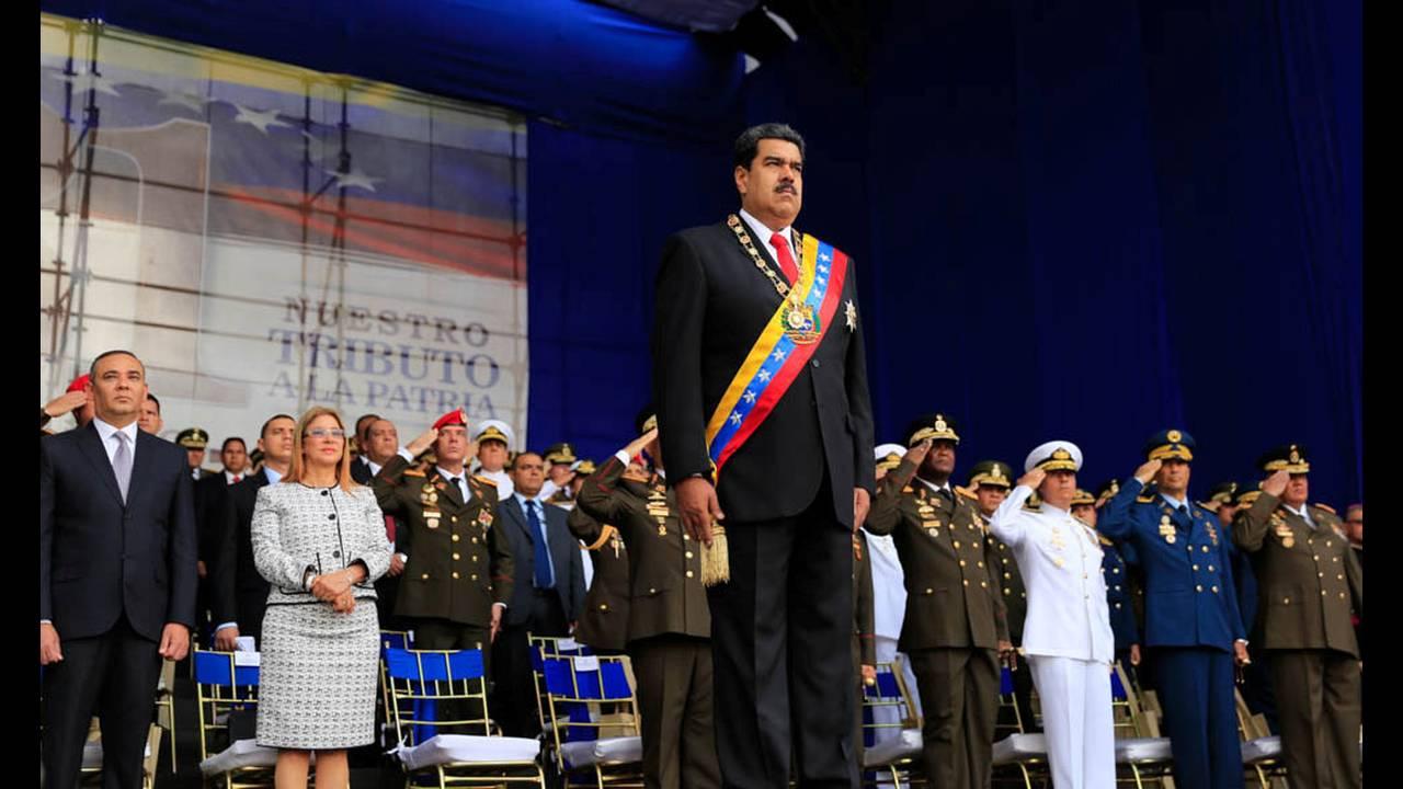 https://cdn.cnngreece.gr/media/news/2019/03/17/169512/photos/snapshot/2018-08-04T232216Z_1347203105_RC12EDC94980_RTRMADP_3_VENEZUELA-MADURO.JPG