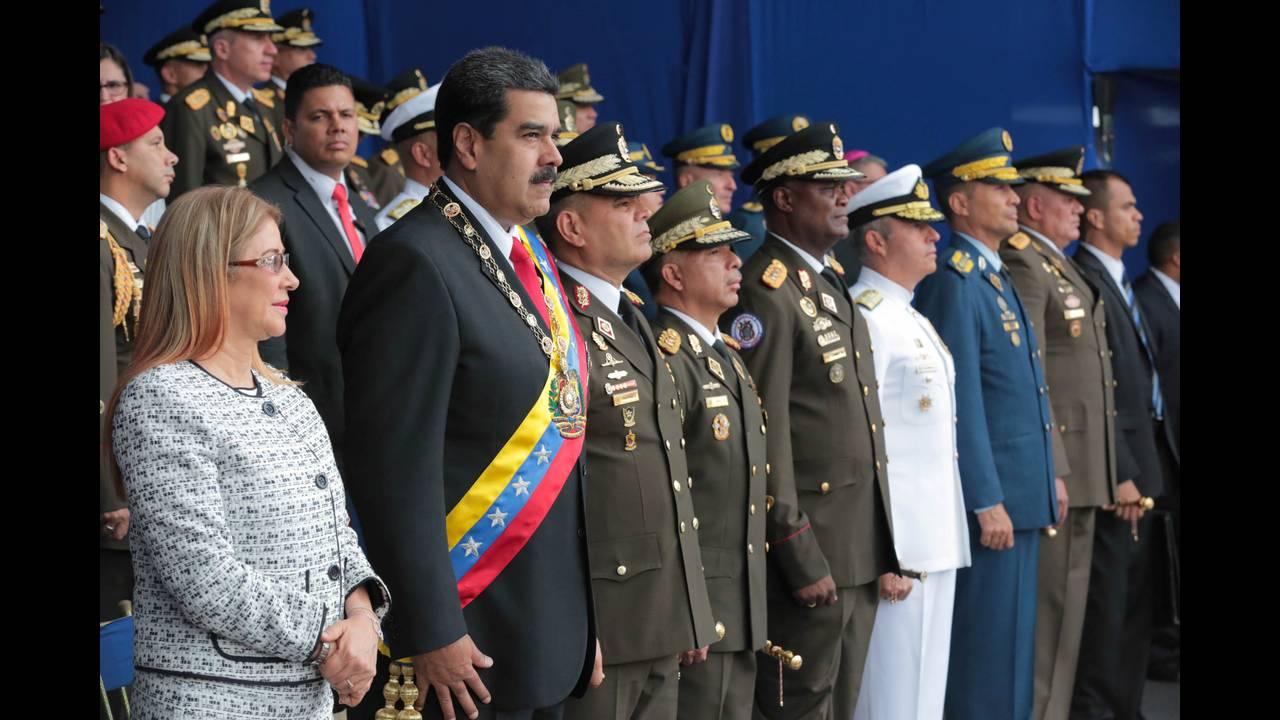 https://cdn.cnngreece.gr/media/news/2019/03/17/169512/photos/snapshot/2018-08-04T232437Z_1674718278_RC1E75512290_RTRMADP_3_VENEZUELA-POLITICS.JPG