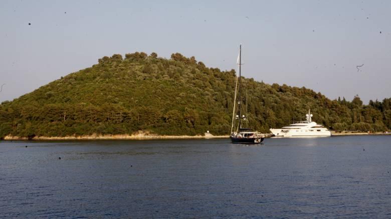 «Λίφτινγκ» στον Σκορπιό: Σε τουριστικό θέρετρο μετατρέπεται το νησί του Ωνάση